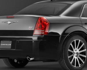 chrysler300s8-rear-tta